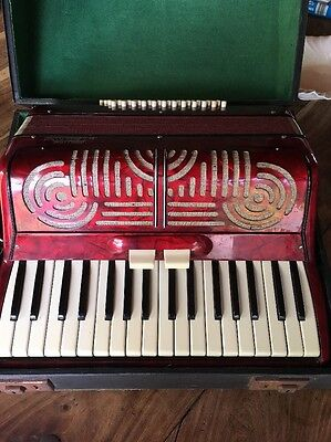 Piano Accordion 'Challenge' by I. Busilacchio Made In Italy