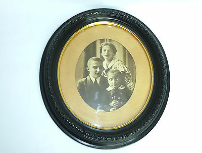 Beautiful Extravagant Picture Frame Frame with Old Photo around 1870 B-00127