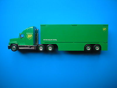 BP Transforming Truck & Trailer With Working Lights & Horn 1997