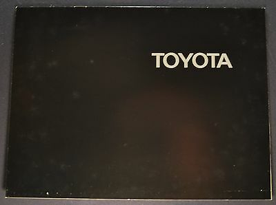 1970 Toyota Brochure Corolla Corona Mark II Crown Land Cruiser Pickup Original