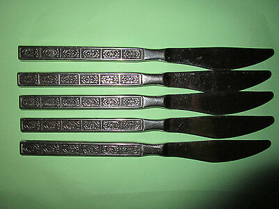 RETRO  WILTSHIRE BURGUNDY     5    X Stainless Steel  Serrated Dinner KNIVES