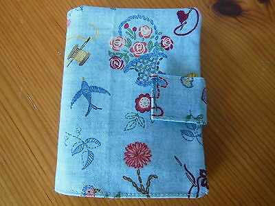 New Sewing Needle Case With Six Felt Leaves Velcro Fastening Blue Floral