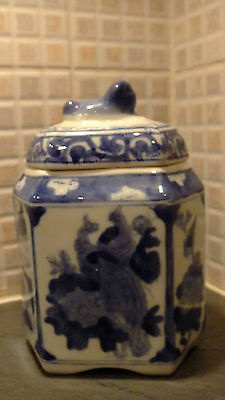 Decorative Hand Painted Chinese Tea Caddy