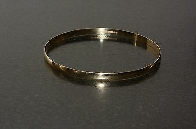9ct gold bangle bracelet 4mm 4.6 g solid yellow gold hallmarked