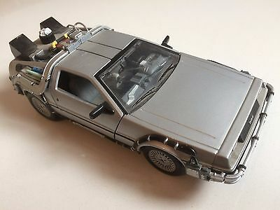 Back To The Future Delorean Original Welly Model Toy Car Made In China Zh