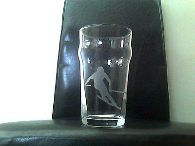 Skiing Skier Ski Sports Personalised Etched Engraved Beer Pint Glass
