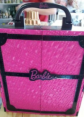 SO COOL! Barbie Fashionista Ultimate Wardrobe Closet Case clothing doll