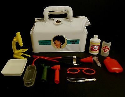 1964 Vintage Extremely Rare Mary Poppins Nurse Kit Nr Mint w/contents !!!!