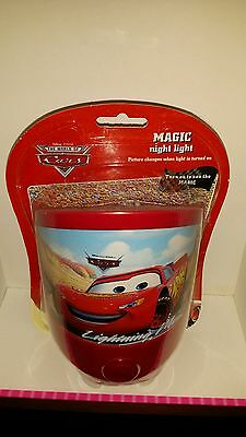DISNEY - CARS LIGHTNING McQUEEN MAGIC NIGHT LIGHT, CHANGES COLOUR WHEN TURNED ON