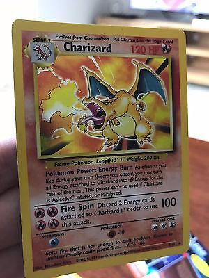 Charizard 4/102 Holographic Rare Base Set Pokemon Card
