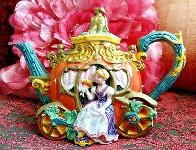 Rare  Cinderella  Teapot  Masterpiece  By  Fitz  &  Floyd  Hand  Painted  Mint