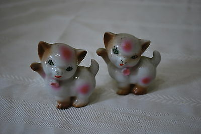 Kittens with pink bows Salt & Pepper Shakers   - NICE!!