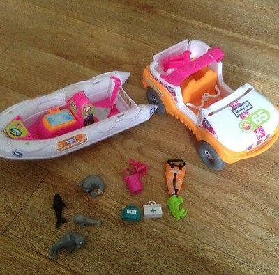 Animal Hospital Rescue Boat and 4 x 4 jeep - Seals Whales And Accessories