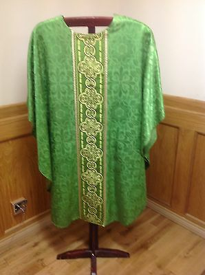 Green Chasuble Vestment And Stole