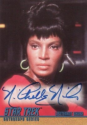 Star Trek ToS Season 2 Nichelle Nichols as Uhura A34 Auto Card