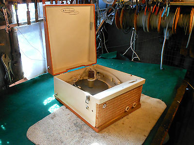 AIRLINE STEREOPHONIC 16s  33s, 45s   75s RECORD PLAYER, VINTAGE Tube Amp
