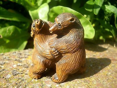 Carved wood netsuke 2 bears playing or fighting, vintage / antique style figure