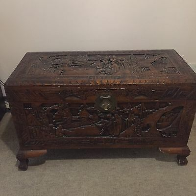 Beautiful Oriental Heavily Carved Camphor Wood Box Chest Ottoman Blanket Toy