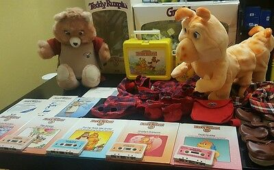 1985 Teddy Ruxpin Taking Bear w/ Accessories & Tapes VINTAGE Doll Outfits