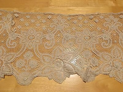 Antique Vintage 17th 18th 19th Century Brussels? Lace Flounce Collar
