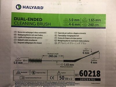 60218 (Box of 50) Halyard Duel-ended Cleaning Brush (NEW)