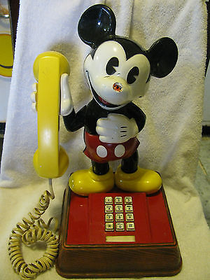 Vtg. Mickey Mouse Push Button Telephone WORKS American Telecommunications 1976