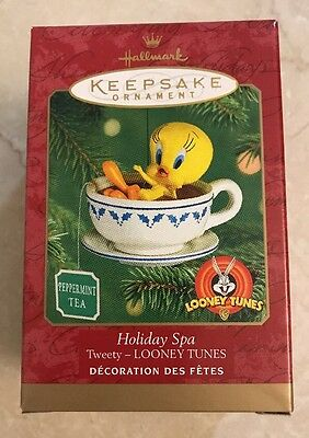 Hallmark Keepsake Holiday Spa Tweety Looney Tunes Ornament