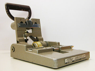 Professional NEUTAPER 16MM FILM SPLICER Works Great Catozzo Killer