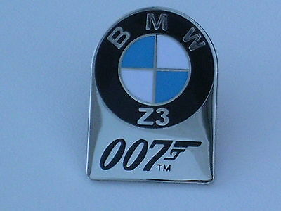 007 BMW Z3 Goldeneye Film Premier Tie Pin Badge NEW