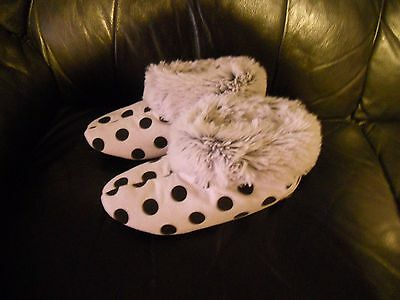 Peter Alexander Ladies Snuggle Boots slippers Spot Size Small