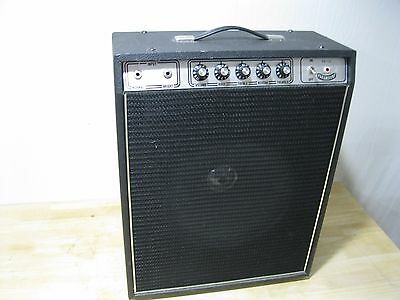 Nice & Clean Vintage Paramount PA-110 Solid State Guitar Amplifier ------> Cool!