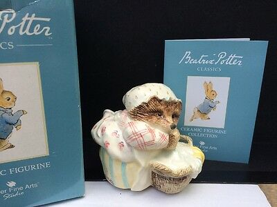 Border Fine Arts Classic Figurine 'Mrs Tiggy-Winkle with Basket A2433 - Boxed