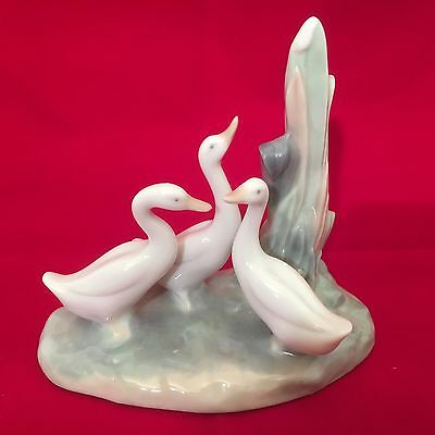 Nao By Lladro 3 Geese Figurine