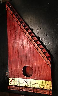 Vintage 16-1/2 Inch The 3rd Man Junior Wood Zither Lap Harp - Musical Instrument