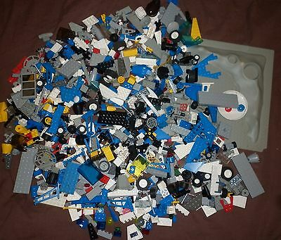 Bulk Lot of Vintage Space Lego - Loose Pieces - Board, Approx. 1.2kg