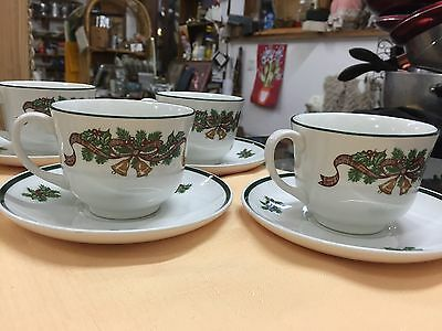 Johnson Brothers Set Of 6 Cups And Saucers For Christmas England 12pcs