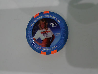 Hooters Las Vegas $10 The Original Hooters Girl Limited Edition Casino Chip