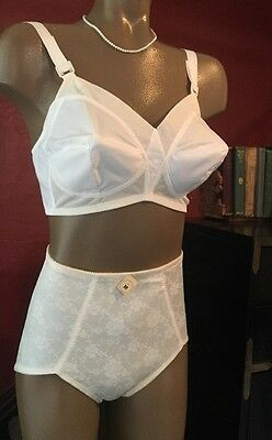 True Vintage Bra Exquisite Form 36 C Retro Bullet Torpedo Pin Up Sissy