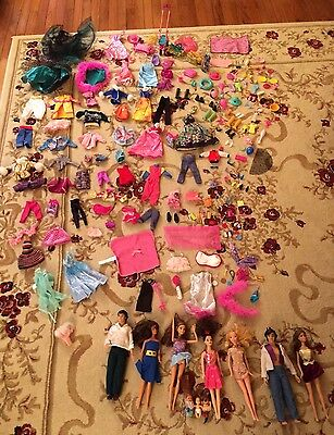 Large Lot Barbie Dolls Clothes Beautiful Outfits Accessories Dresses 237 Pieces