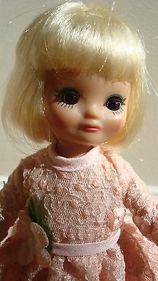 Betsy McCall Tonner Doll Perfect Peach Betsy