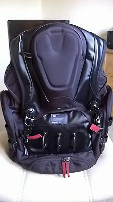 OAKLEY rare/x-metal Kitchen Sink Backpack, Black. 34L Capacity FREE P+P £140.00