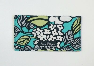 Vera Bradley New Checkbook Cover Island blooms NWT
