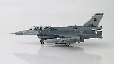 Hobby Master 1:72 Singapore Air Force (RSAF) F-16D Fighting Falcon 691 (HA3837)