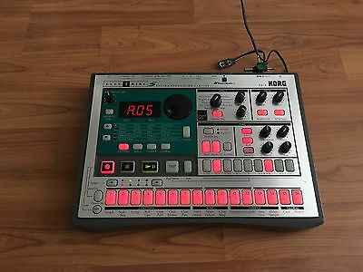 Korg Electribe S ES-1 (Sequencer & Sampler with effects) + SmartMedia 64mb