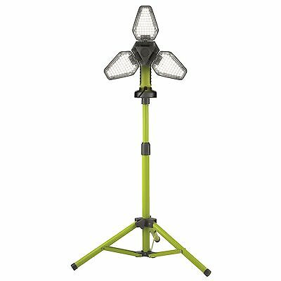 Click 2500lm LED Work Light With Tripod