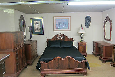 Antique  Chippendale 7 pc Bedroom Suite