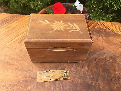 ANTIQUE Wood MUSIC BOX Tray for Small Jewelry Espana Waltz Engraved FLOWER Lid