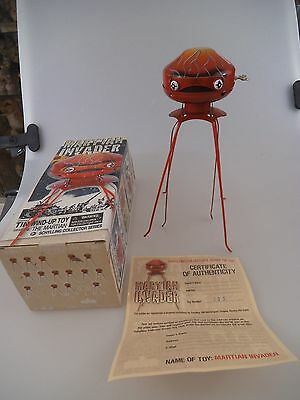 Schylling Martian Invader Robot - Space Toy - 25cm Blech in OVP von 2007 (698e)