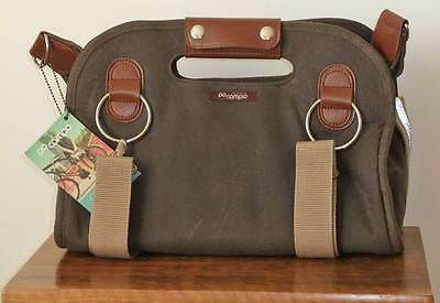 Po Campo Armitage Shoulder / Bike / Yoga Mat Satchel in Umber Waxed Canvas