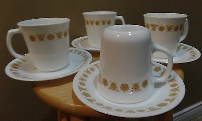 """Vintage Corning CORELLE """"Gold BUTTERFLY"""" 8 Piece GLASS Coffee/Tea MUGS & Saucers"""